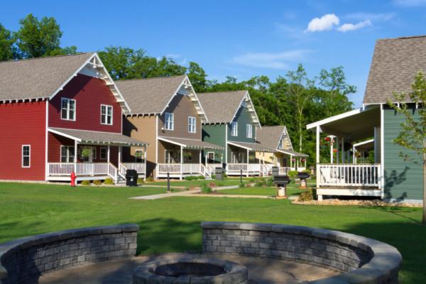 Cottages with Bonfire pit