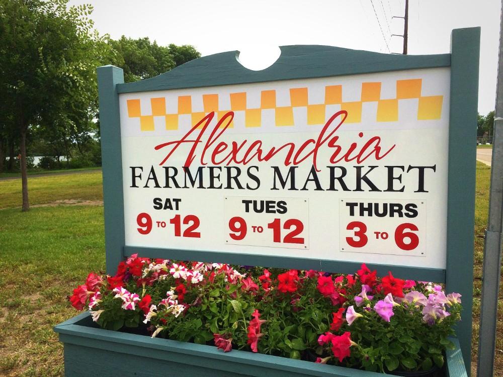 farmers-market-new-2015