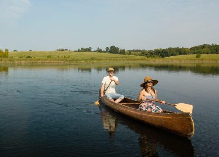 Explore-Alexandria-canoe-brophy-couple
