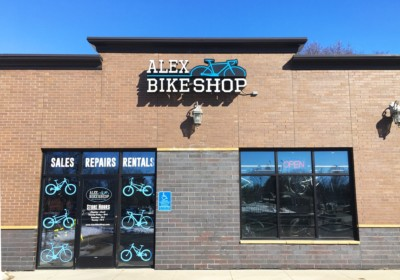 alex bike shop photo